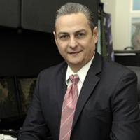 Dr. Luis Fernando Lira Menéndez