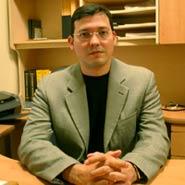 Dr. Gerardo González Treviño